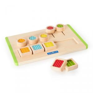 Tactile matching maze